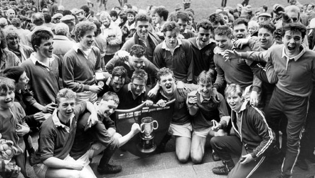 Bangor Grammar celebrate winning the Ulster bank School's Cup at Ravenhill, after a powerful display over Coleraine A.I. 17/3/1988