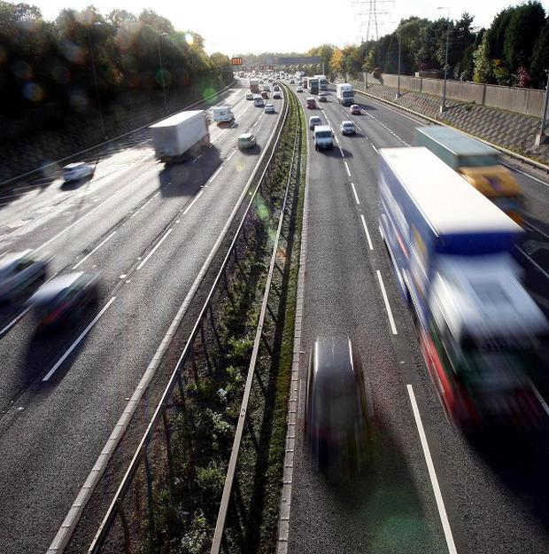 Almost one in ten drivers wrongly believe the motorway speed limit to be 80mph, an AA/Populus survey revealed