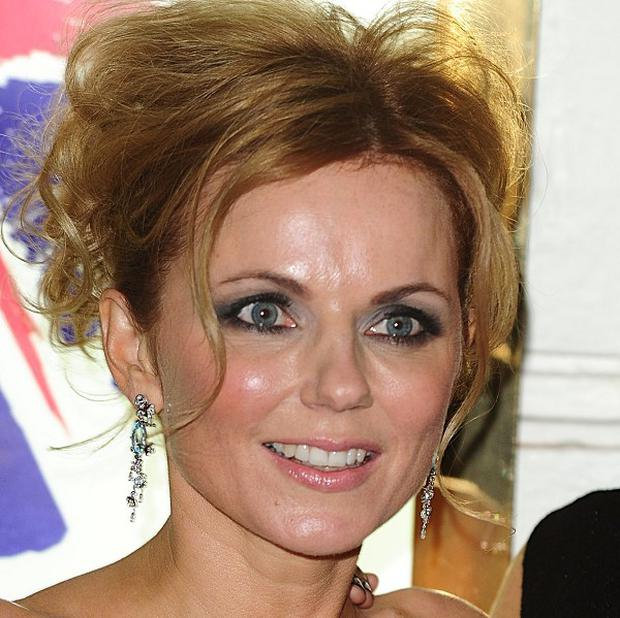 Geri Halliwell has tweeted her experiences after riding on the Tube