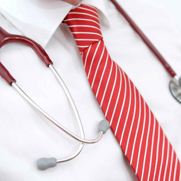 An article says doctors 'are members of a distinguished profession and should dress accordingly'
