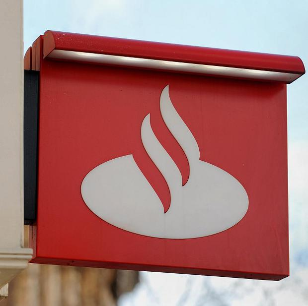 Santander, which is cutting the time taken to switch current accounts, says one in eight people would find a bungee jump less daunting than the changeover