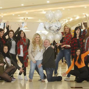 Robert Beattie proposes to his girlfriend Laura Meikle using a flash mob of professional dancers