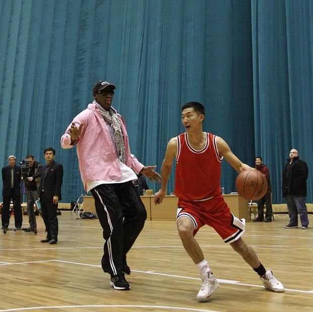 Dennis Rodman takes on a North Korean basketballer in Pyongyang