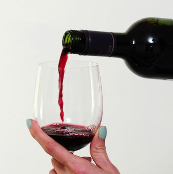 The anti-oxidant resveratrol found in red wine has no significant impact on life-span, heart disease or cancer, say scientists