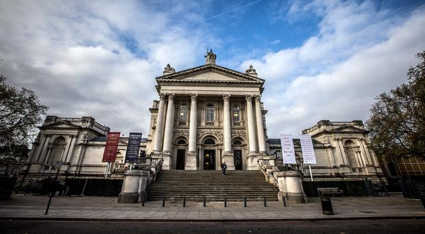Robots will give tours of Tate Britain online