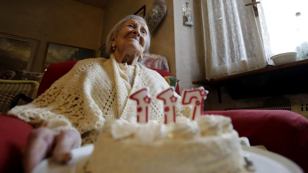 World's Oldest Living Person Turns 117, Credits Being Single