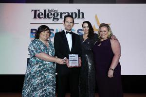 2019 winners: Dr Darryl Cummins presents award to Rachel Gill, Zoe Young and Andrea Scott from Henderson Foodservice