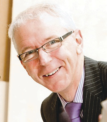 Brian Dolaghan of Invest NI has praised Axiom's expansion