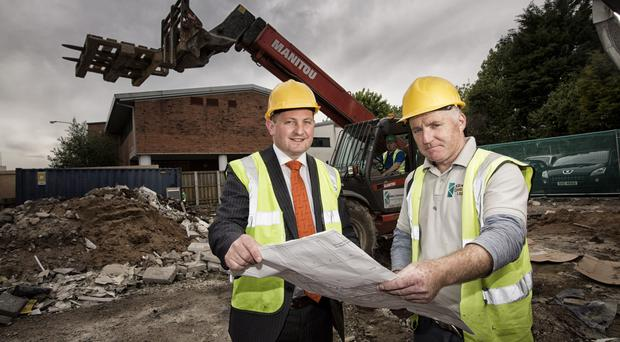 Mark Regan (left) of 3fivetwo with Killowen Contracts' Damien McGivern