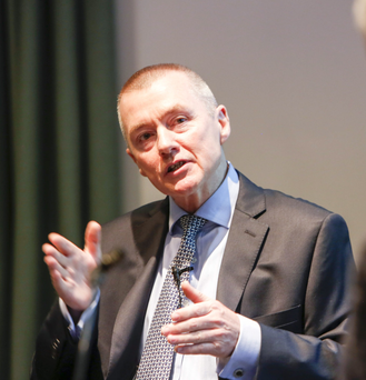 IAG chief executive Willie Walsh in conversation with broadcaster Gerry Kelly at the PKF-FPM Annual Leadership Talk in association with Ulster University Business School
