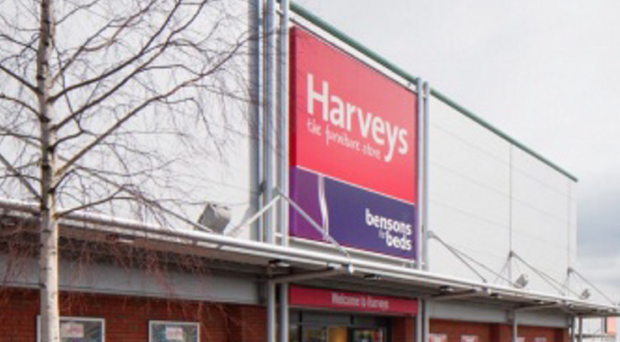 Man Paint Bombed Harveys Furniture Store After New Sofa Wouldn T Fit