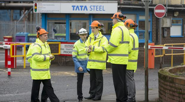 A deal to buy the Dalzell and Clydebridge steel plants has been unveiled by the Scottish Government