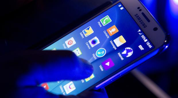 The average monthly tariffs recommended by phone staff were more than double the price of the most suitable tariff found by the Citizens Advice research at £9.89