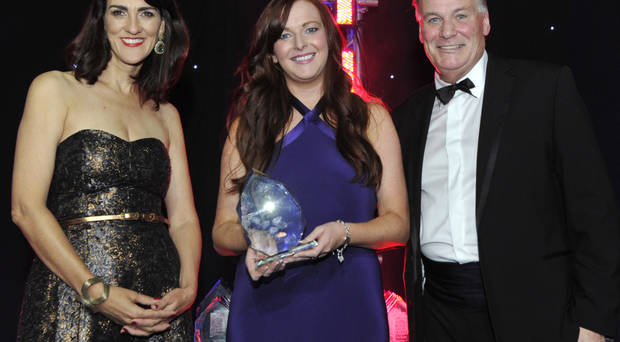 Coco Mojo's Laura Jackson (centre) receives the award for best cold beverage at the Irish Quality Food Awards, from Gina Miltiadou of Easy Food Magazine and chef Derry Clarke