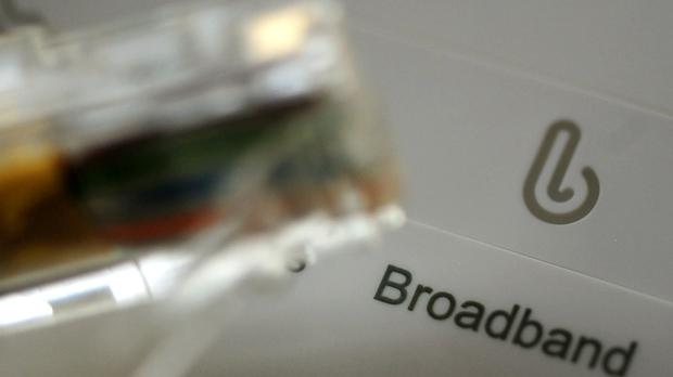 A delay of five months has been announced to plans to introduce tighter rules for broadband ads