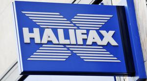 "Halifax has cut the interest rate it is offering to new customers from 4% to 2.5% after seeing ""unprecedented demand"""