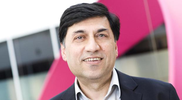 Reckitt Benckiser chief executive Rakesh Kapoor has netted a bumper pay packet