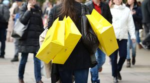 High street retailers saw a 6.1% drop in overall year-on-year sales in April, reportedly the worst overall figures since November 2008