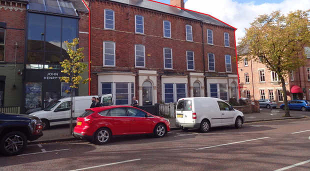 The Botanic Lodge guesthouse occupies 87 to 91 Botanic Avenue in Belfast