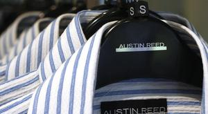 Austin Reed is to close 120 stores, resulting in the loss of approximately 1,000 jobs, administrators have said.