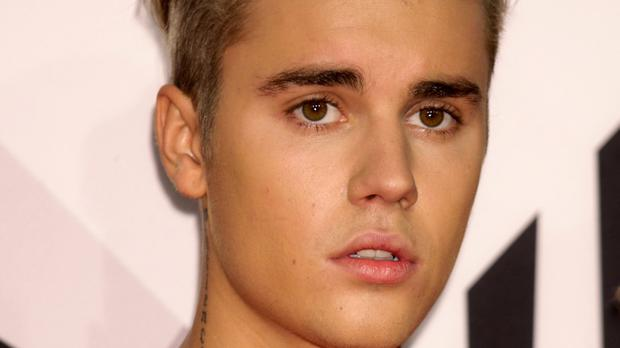 Revlon has snapped up Elizabeth Arden, the beauty business behind fragrances launched by Justin Bieber and Taylor Swift