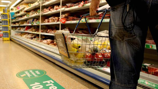 The price of a weekly shop could rise if Britain leaves the EU, former retail chiefs warned