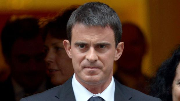 Manuel Valls hopes businesses will leave London for Paris