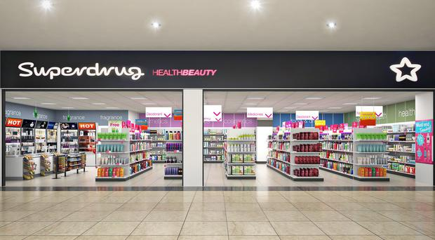 Superdrug notched up a 62% rise in annual operating profit in 2015 as shoppers lapped up the retailer's increased offer of designer fragrances.