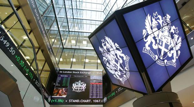Deutsche Borse shareholders have voted to back a merger with the London Stock Exchange