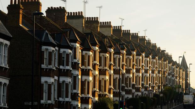 House prices in England and Wales fall by £3600