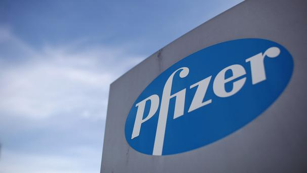 AstraZeneca has signed a $1.6bn (£1.2bn) deal to sell part of its antibiotics business to fellow pharmaceuticals giant Pfizer