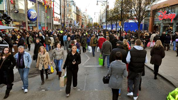 The mayor wants Oxford Street to be fully pedestrianised