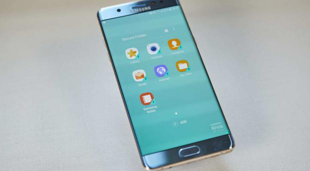 Samsung has seen its market value come under further pressure after the US's aviation regulator issued a warning against the Note 7 (Samsung/PA)