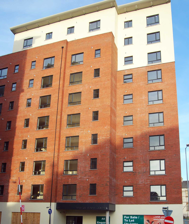 The College Court Central apartments are near to CastleCourt