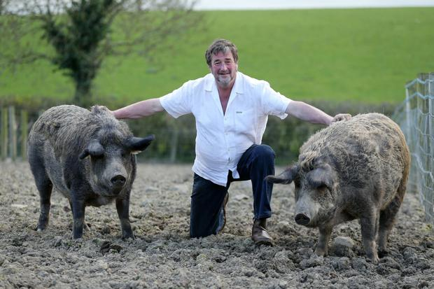 Kenny Gracey shows off his pigs, Hilda and Mable