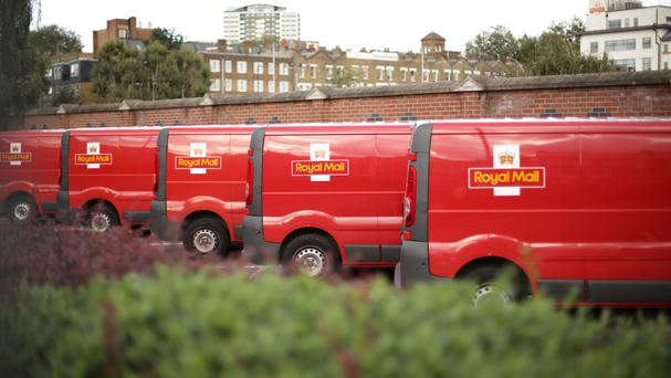 Royal Mail said 92.5% of mail delivered next working day in the 2015/16 financial year - against a target of 93%.