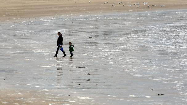 EU rules on clean beaches should be beefed up after Brexit, a report says
