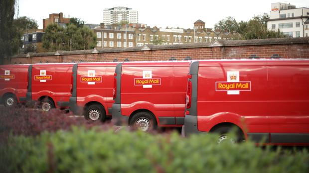 Royal Mail targets higher cost savings