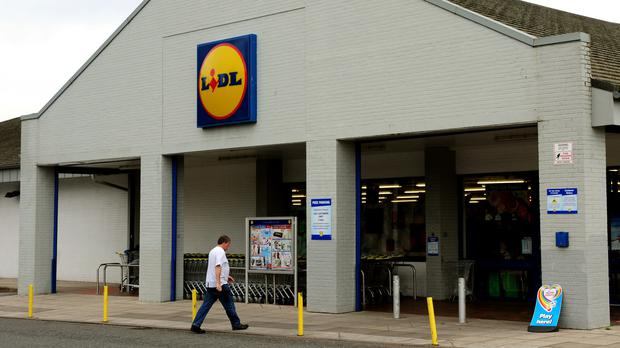 Lidl said the rates will be paid from March to 5,500 employees, a quarter of its UK workforce