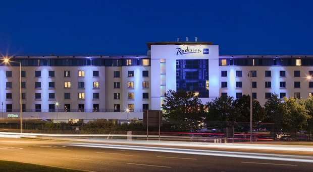 Plans to expand beside the Radisson Blu Hotel at Dublin Airport have been given the green light