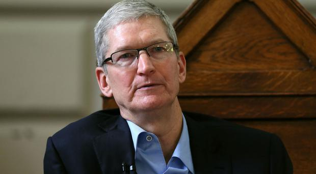 Last year's salary and bonus for the Apple chief executive came in below 2015's total