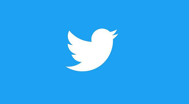 Twitter reported a 1% increase in revenues to 717 million US dollars (£571 million) in the three months to December 31