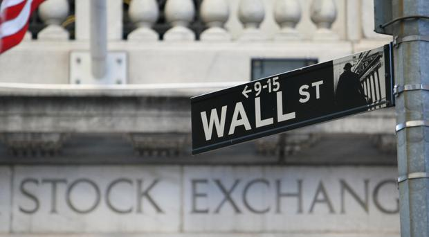 US stocks fell as banks and financial companies struggled