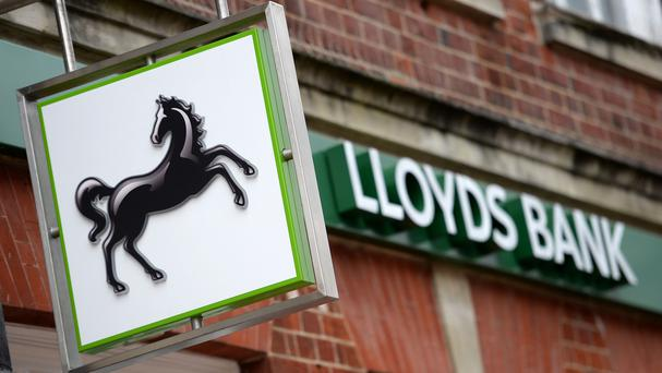 Lloyds Banking Group closes on IBM cloud deal
