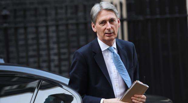 Chancellor Philip Hammond announced in the Budget that quarterly reporting will be delayed by one year for businesses with turnover below the VAT registration threshold