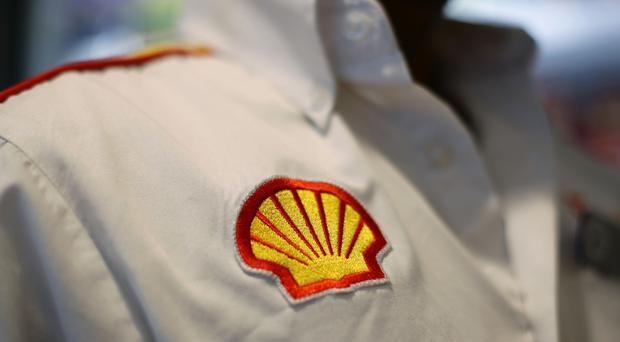 Royal Dutch Shell agreed a deal worth up to £956 million to sell its stake in the Corrib Irish gas project