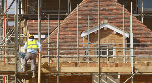 A new Northern Ireland Executive should help the construction industry take on more apprentices and trainees, a new report has said.