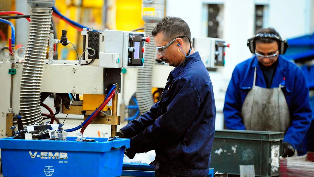 Business activity in Northern Ireland hits record highs but cost pressures remain