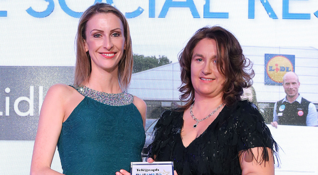 Deirdre Ryan, Lidl NI, accepts last year's award from Elaine Shaw,CEO of sponsor Northway Mushrooms
