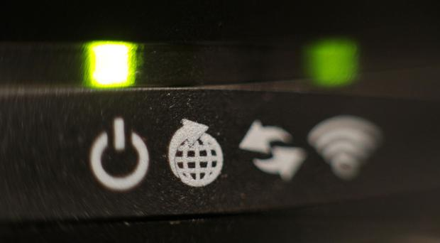 Folk STILL not getting advertised broadband speeds, whinges survey